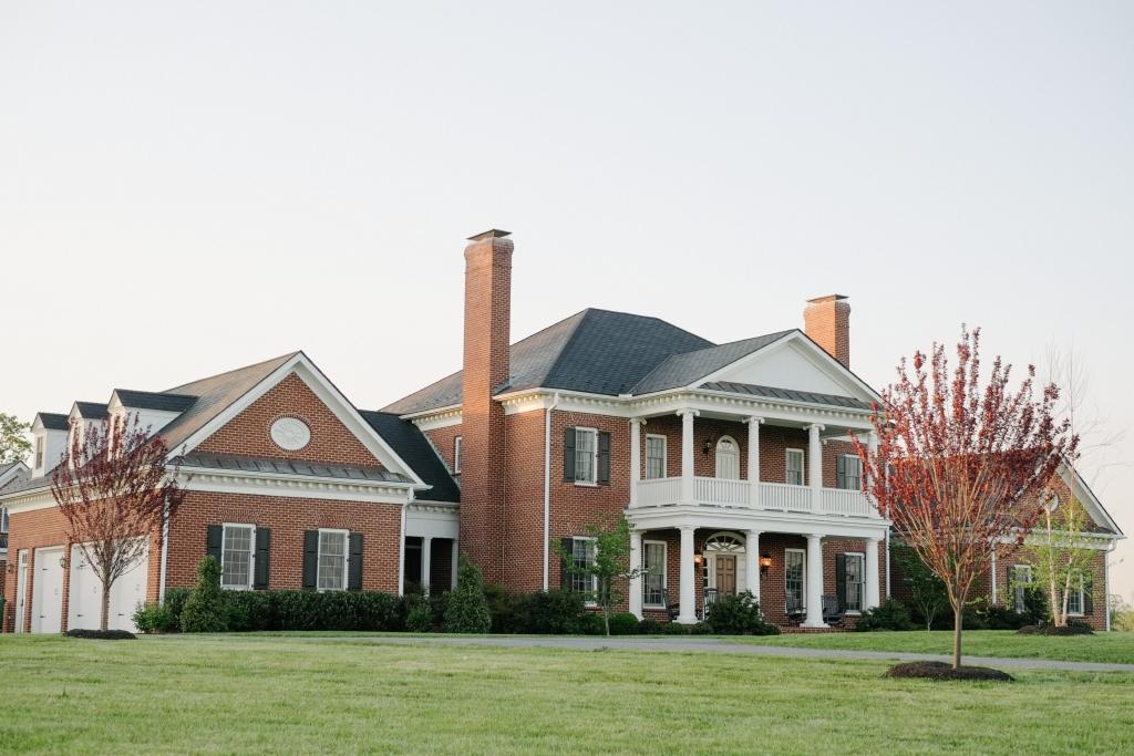 barn wedding accommodations